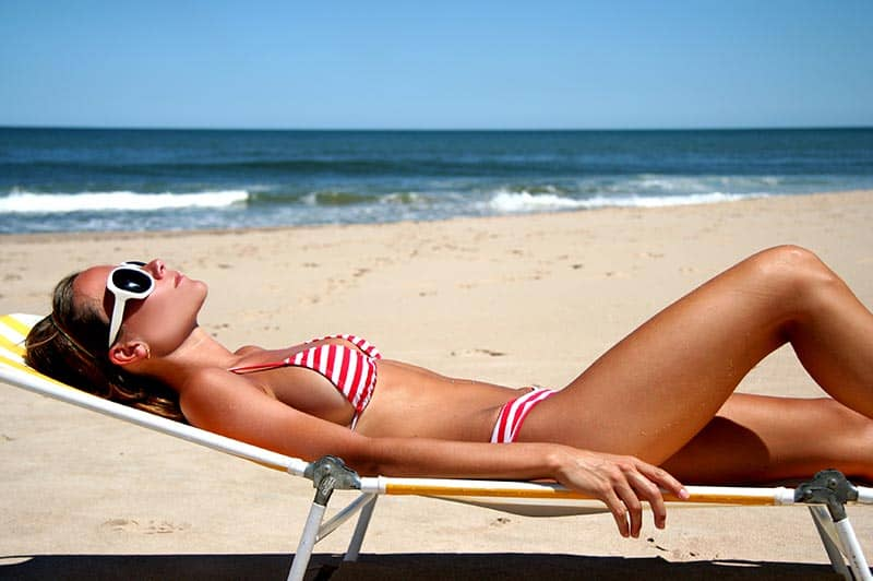 Summer Liposuction - Dr. Laguna